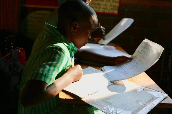 student-glenview-primary-school-zimbabwe
