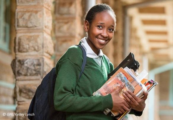 kenya-schoolgirl